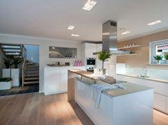 für gourmets: die offene küche mit kochinsel des fertighauses, Attraktive mobel