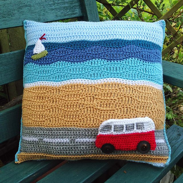 Campervan Day at the Beach pattern by Tracy Harrison (SnuginaDub) | Tela
