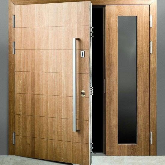 Puertas acorazadas y blindadas reformark destinadas a for Puertas blindadas precios