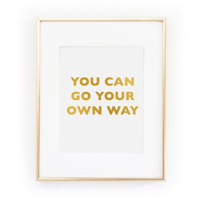 This #FleetwoodMac inspired gold foil artwork is EVERYTHING! Available from www.livinginlalaland.co.uk with FREE uk shipping!