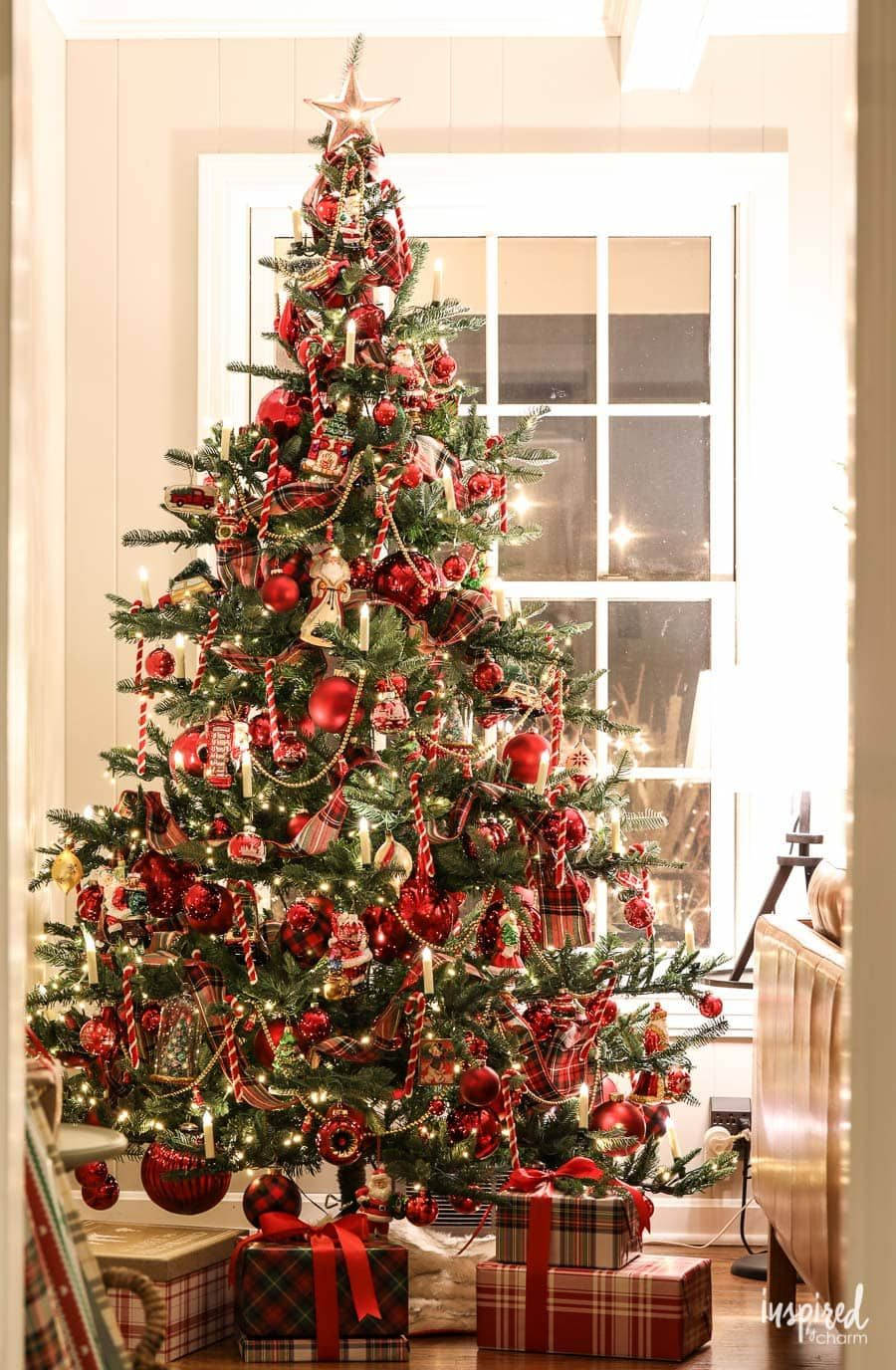 When Is The White House Decorated For The 2020 Thanksgiving-Christmas Holidays? Evening at Bayberry House: Christmas 2018 #christmas #holiday