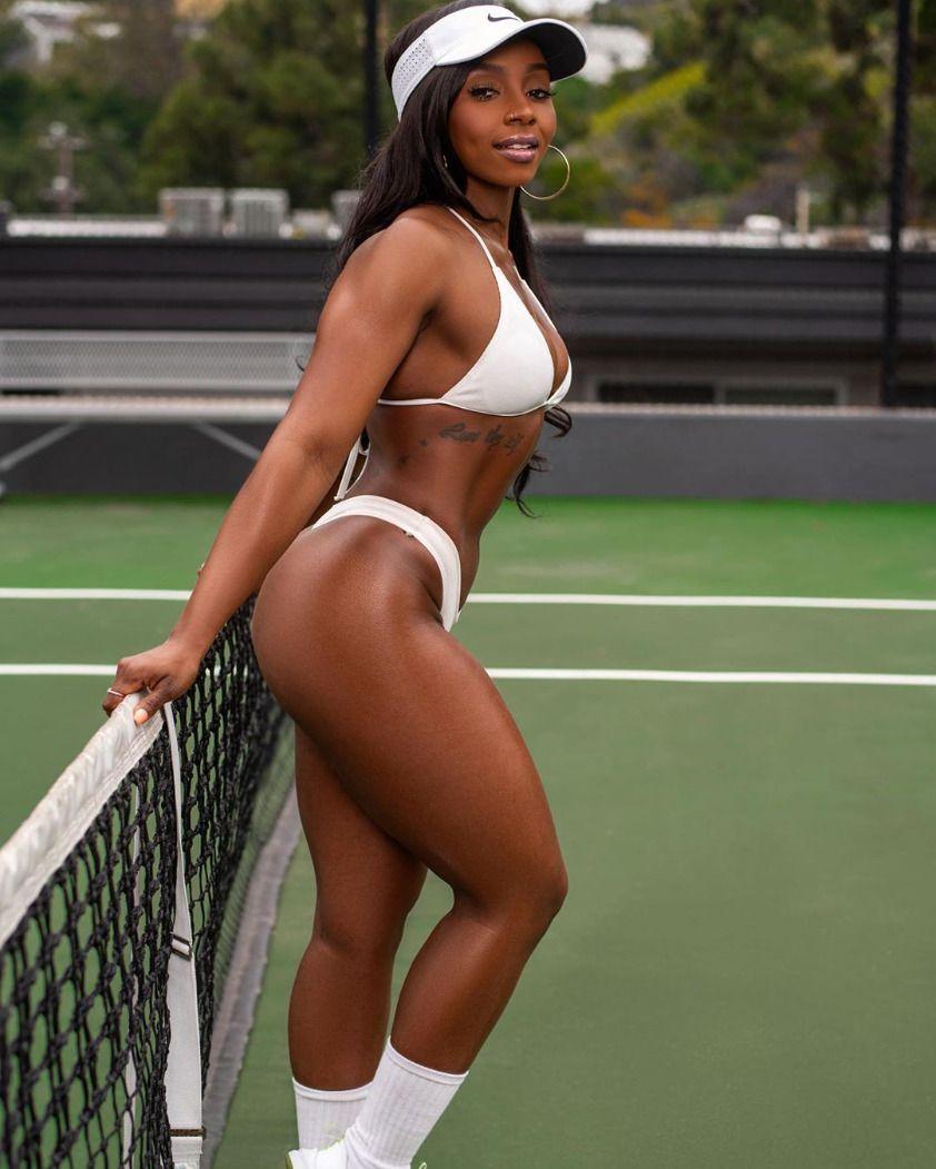 Model: @xxcocochanelPhotography:@underground_nyc - #better #blackgirlsreverything #chanel #delisse...