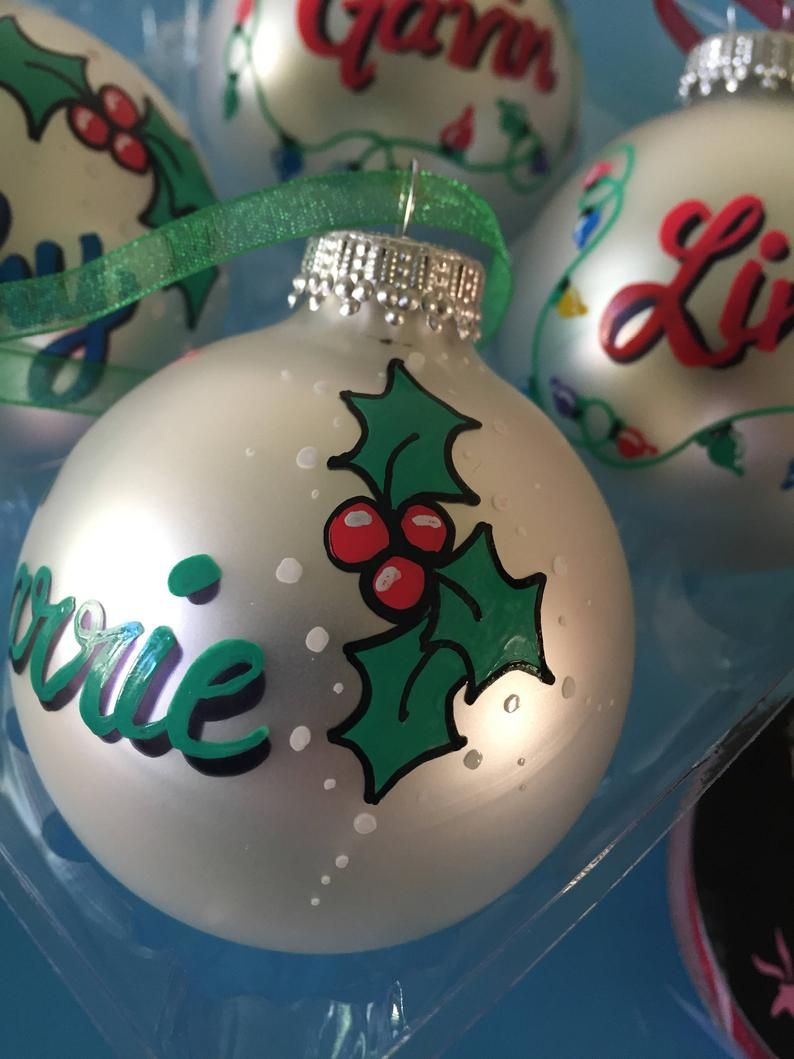 Hand Painted Pearlized White Personalized Name Ornaments Etsy Painted Christmas Ornaments Christmas Ornaments Hand Painted Ornaments