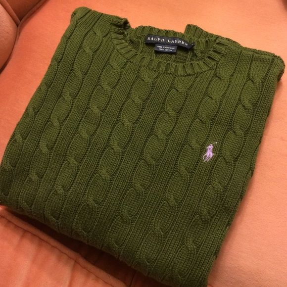 RALPH LAUREN cable knit sweater Ralph Lauren polo cable knit sweater in great condition! Olive green color Ralph Lauren Sweaters Crew & Scoop Necks