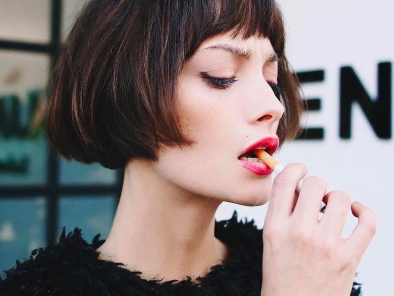 French Bob Der Neue Trendhaarschnitt Aus Paris Elle Haarschnitt Haarschnitt Kurz Trendfrisuren