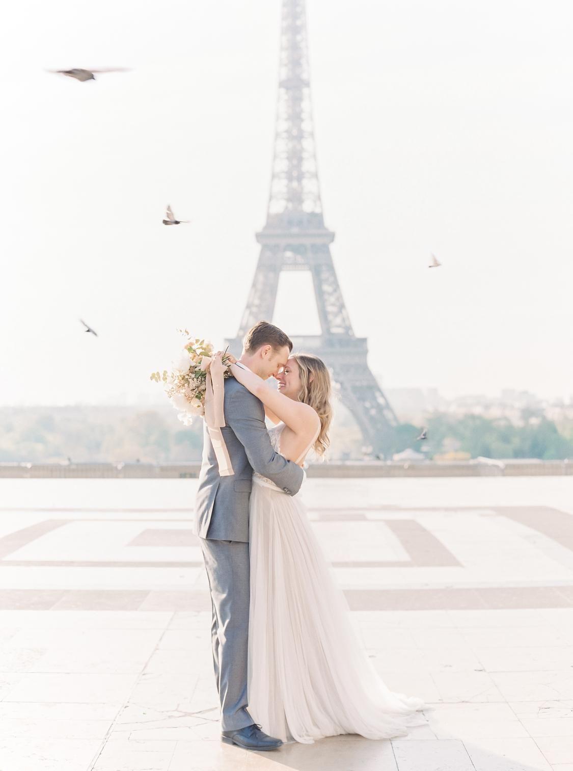 This Romantic Spring Elopement In Paris Is Every Girl S Dream Paris Elopement Film Wedding Photographer Paris Wedding