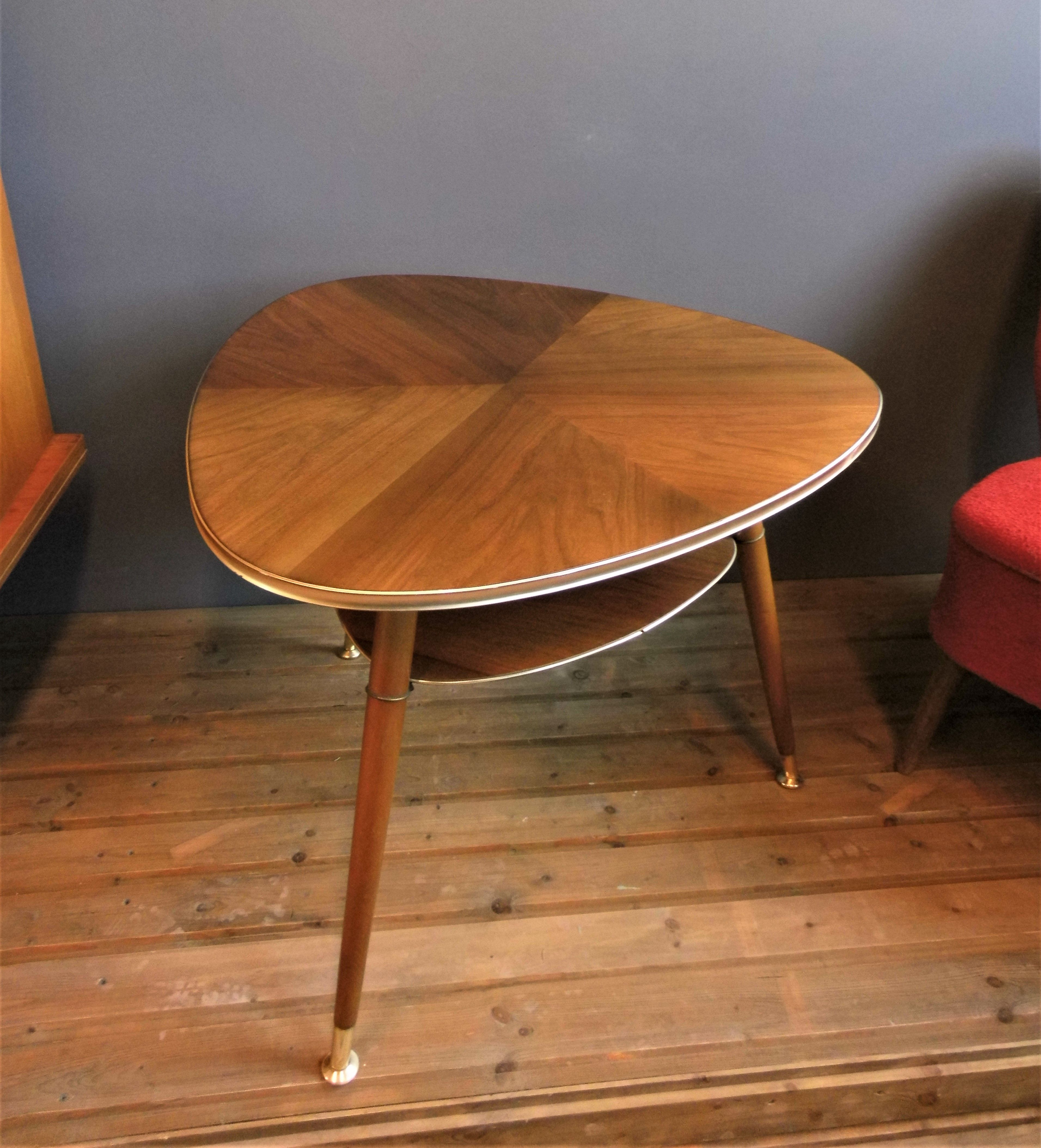 Super Noble Kidney Table Triangle Table Side Table Coffeetable Original 50s 50s Tripod Living Room Table Mid Century Modern Table Wohnzimmertische Nierentisch Wohnzimmertisch
