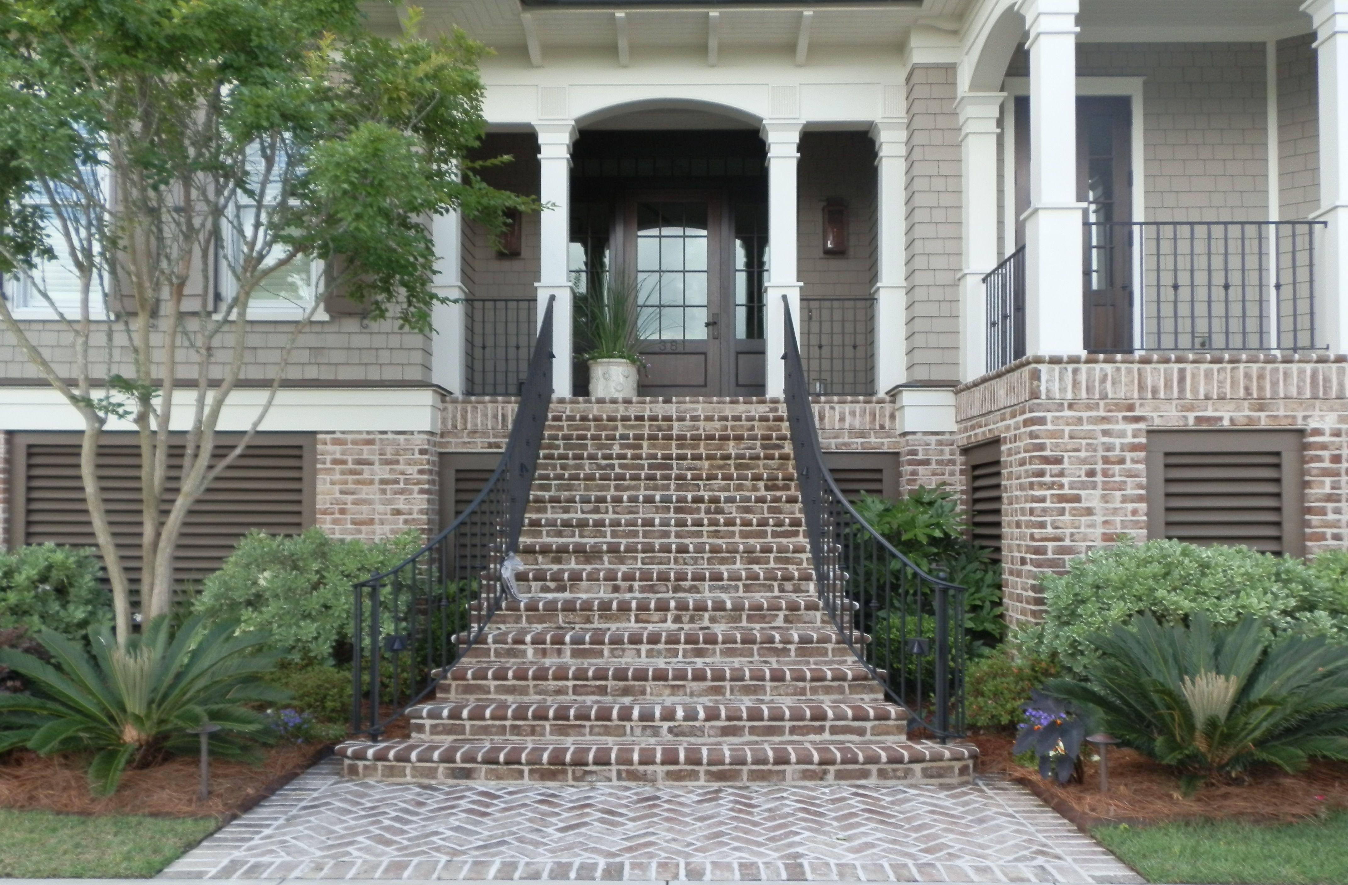 Savannah Grey Handmade Brick On Charleston Sc Residence Www Handmadebrick Com Exterior Brick Brick Steps House Exterior