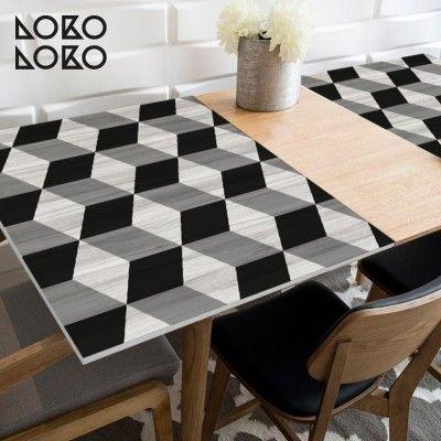 Vinilo decorativo para forrar mesas y escritorios con for Vinilo decorativo madera