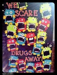 Travel Drug Free Door Decorating Ideas Valoblogi Com