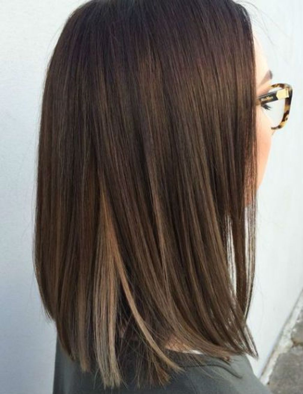 Carre Long Lisse Coiffure Carre Long Cheveux Bruns Mi Longs Coupe Cheveux Mi Long Brune