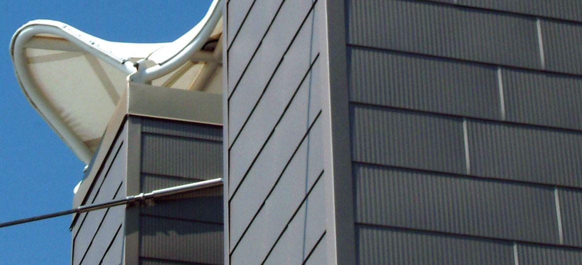 The Berridge Fluted Fascia Panel Offers A Clean Crisp Fluted Vee Groove Texture Well Suited For Vertical Walls Fascia Faca Metal Siding Fascia Roof Panels