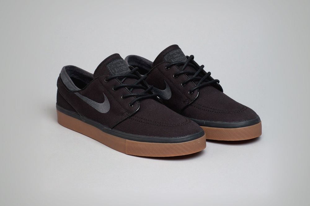 new style 5be25 4ae9f Nike SB Stefan Janoski Black Anthracite-Gum