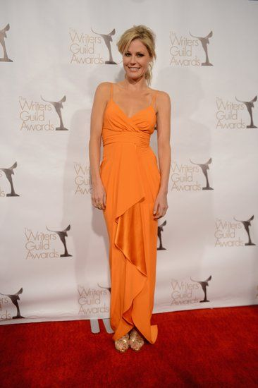 Jessica Chastain And Lena Dunham Celebrate Hollywood Scribes At Wga Awards Gorgeous Clothes Orange Gown Julie Bowen