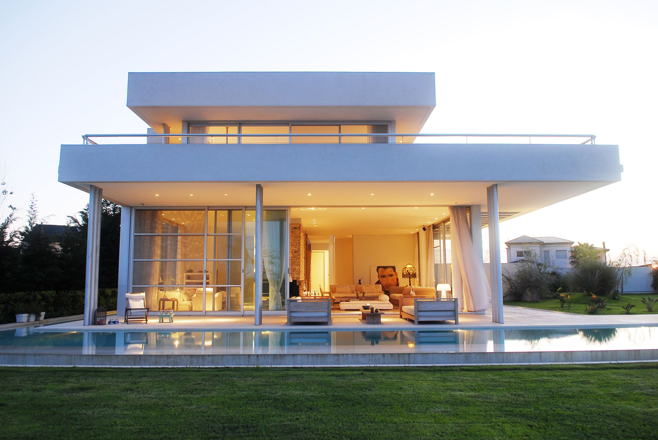 Stunning Modern Aqua House in Argentina Front Side View, Photo ...