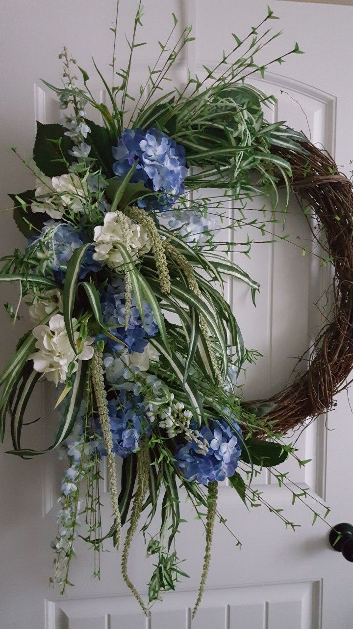 Hydrangea Grapevine Wreath By Kyong With Images Diy Spring