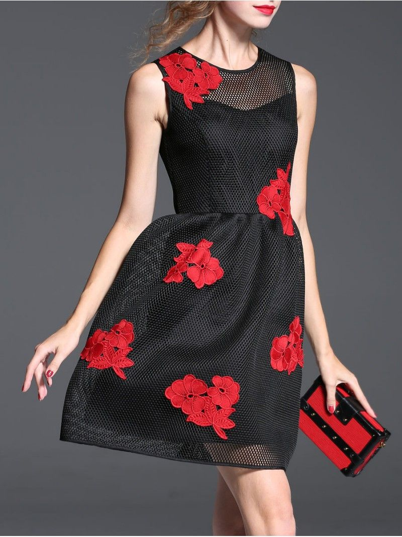 Appliqued Mesh Mini Dress  Intellectual, elegant, the design of cultivate one's morality can show perfect figure