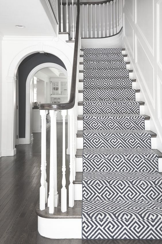 Tips For Installing Stair Runners In Your Home House Entrance