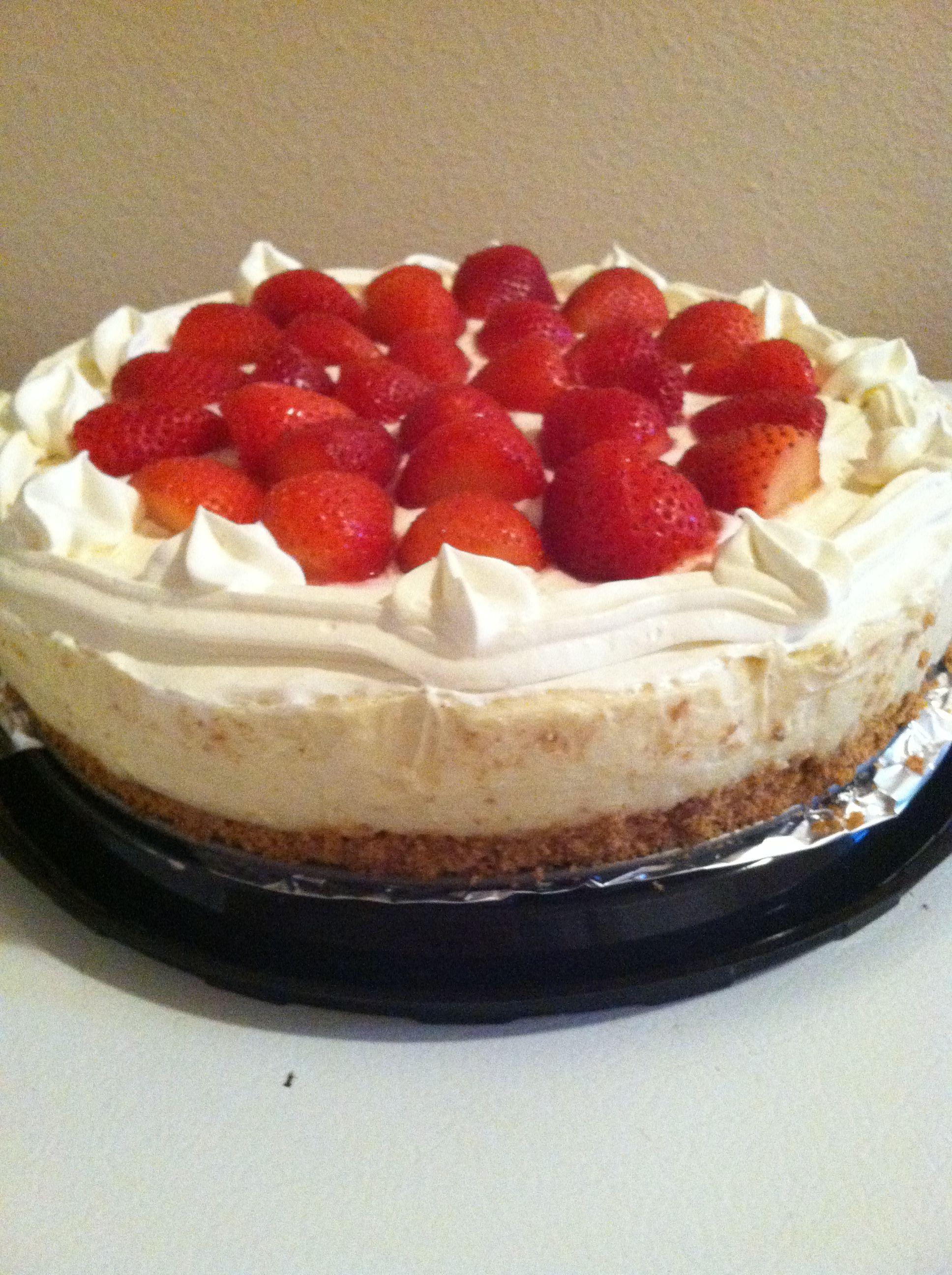 homemade strawberry cheesecake Cheesecake specials Pinterest