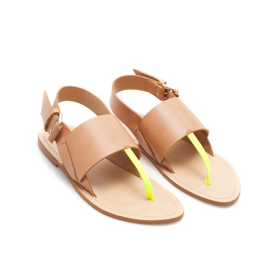 BASIC THONG SANDAL WITH BUCKLE - Shoes - Woman   ZARA United States