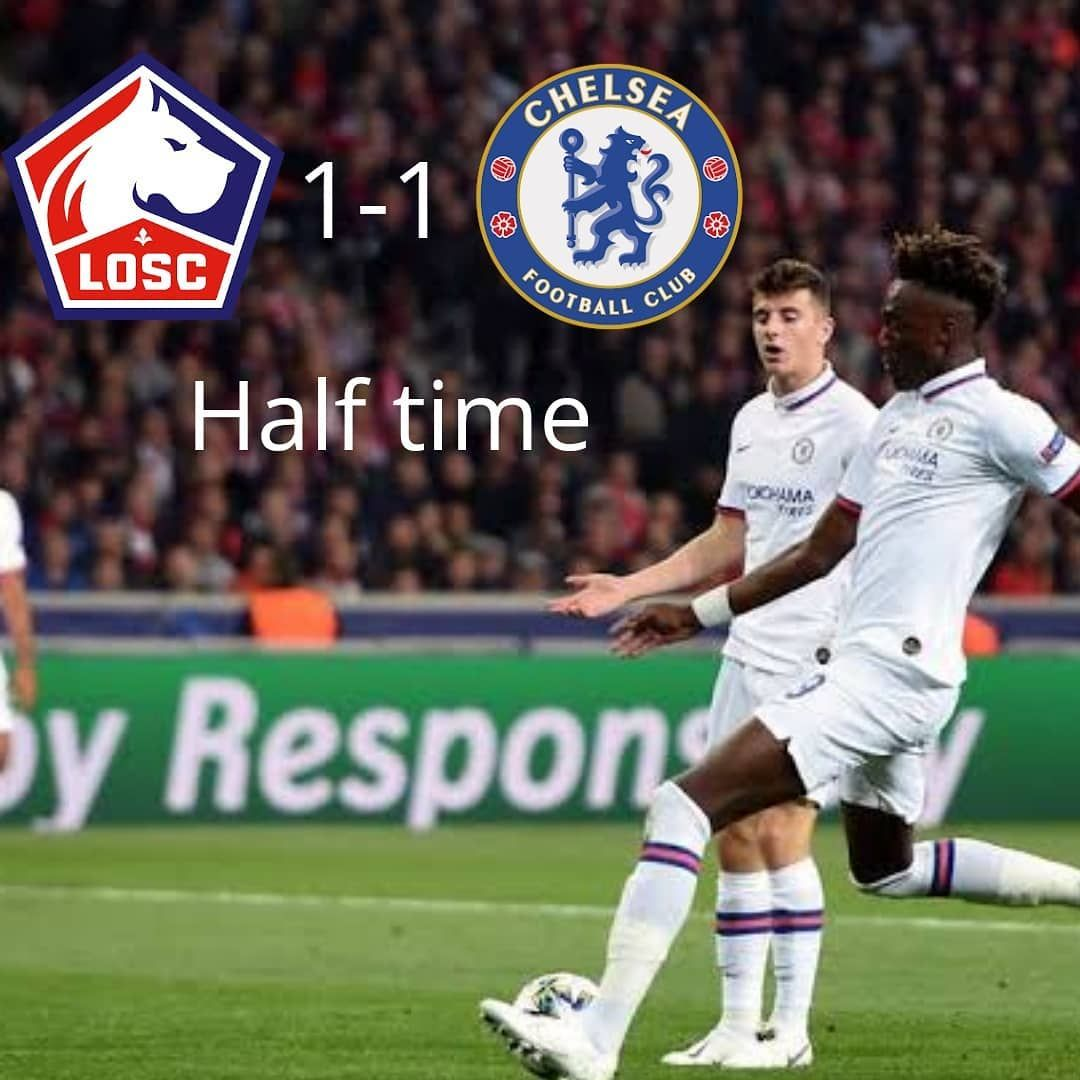 It Ends 1 1 At Half Time The Referee Wasn T At It Today As He Didn T Whistle A Clear Penalty Important Fouls For Chelsea Let Half Time Referee Football Club