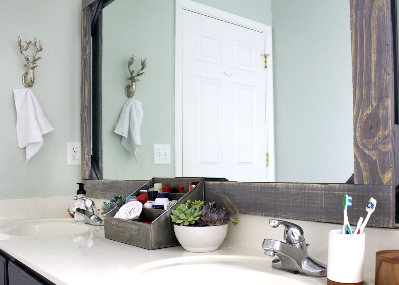 Diy rustic wood mirror frame bathroom mirrors rustic wood and woods