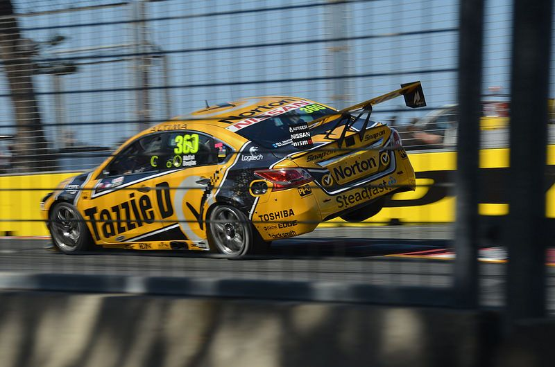V8 Supercars Gc600 2014 With Images Super Cars Race Cars V8 Supercars