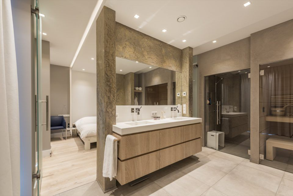 Martin van essen penthouse met luxe interieur sauna shower and