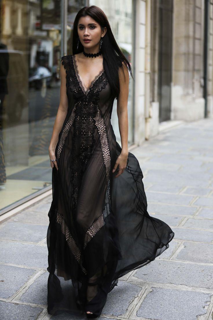 Vampish Paris Couture 2019 Vampish Paris Couture The Post Vampish Paris Couture 2019 Appeared First On Lace D Fashion Beautiful Dresses Lace Dress [ 1104 x 736 Pixel ]