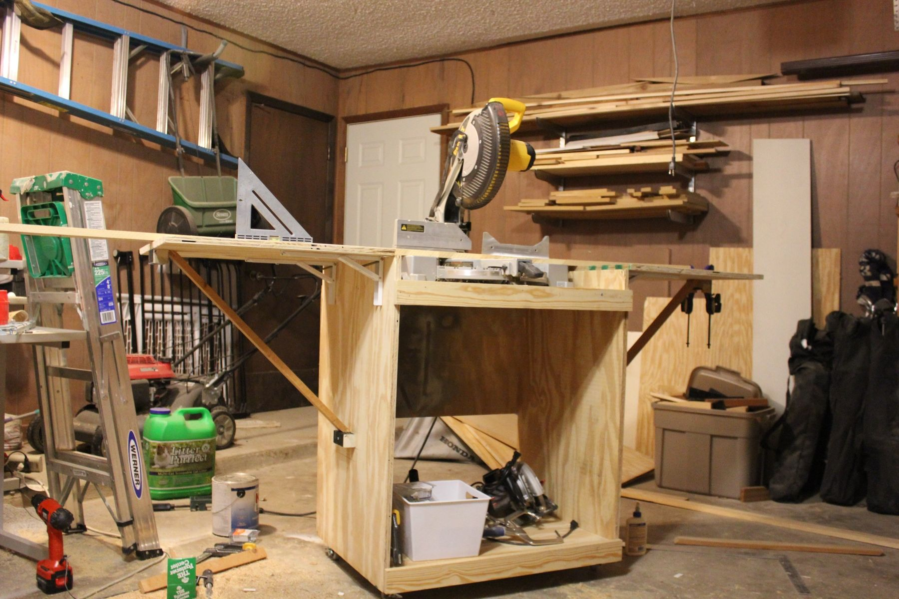 Excellent Miter Saw Cart Do It Yourself Home Projects From Ana White Ncnpc Chair Design For Home Ncnpcorg