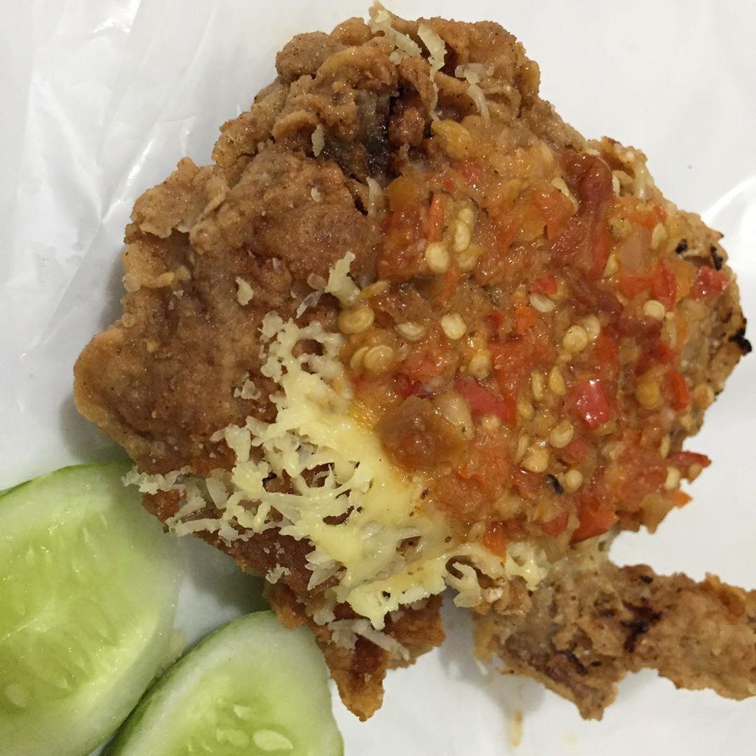 Ayam Geprek Mozarella Leleh Ayamgeprekbandungbondowoso Anggrek Loka Bsd Foodshare Foodsharing Foodlover Foodlovers Foodblog Foodblogger F Food Meatloaf Meat
