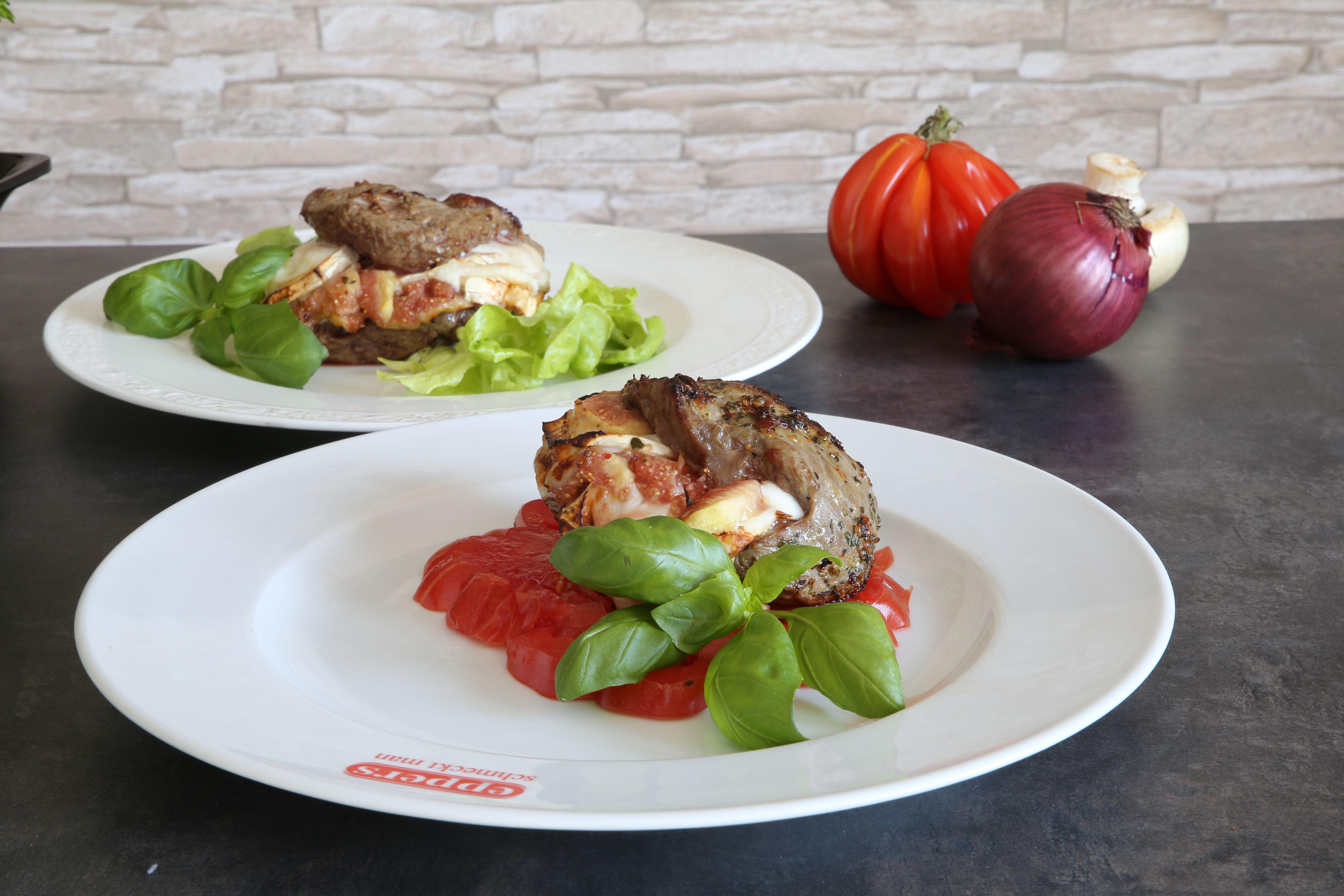 Lammtaschen mit Ziegen-Camembert und Feigen, 2 Verzier-Varianten