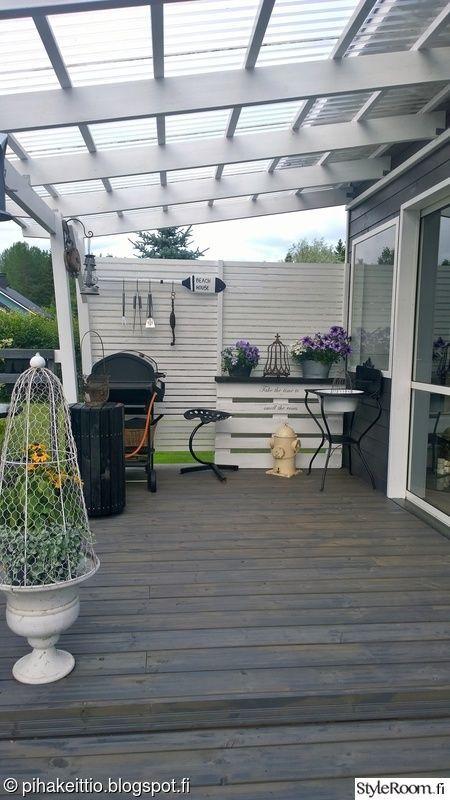 Dark grey/blue house Darker grey deck and white railings #barndominiumideasfloorplans