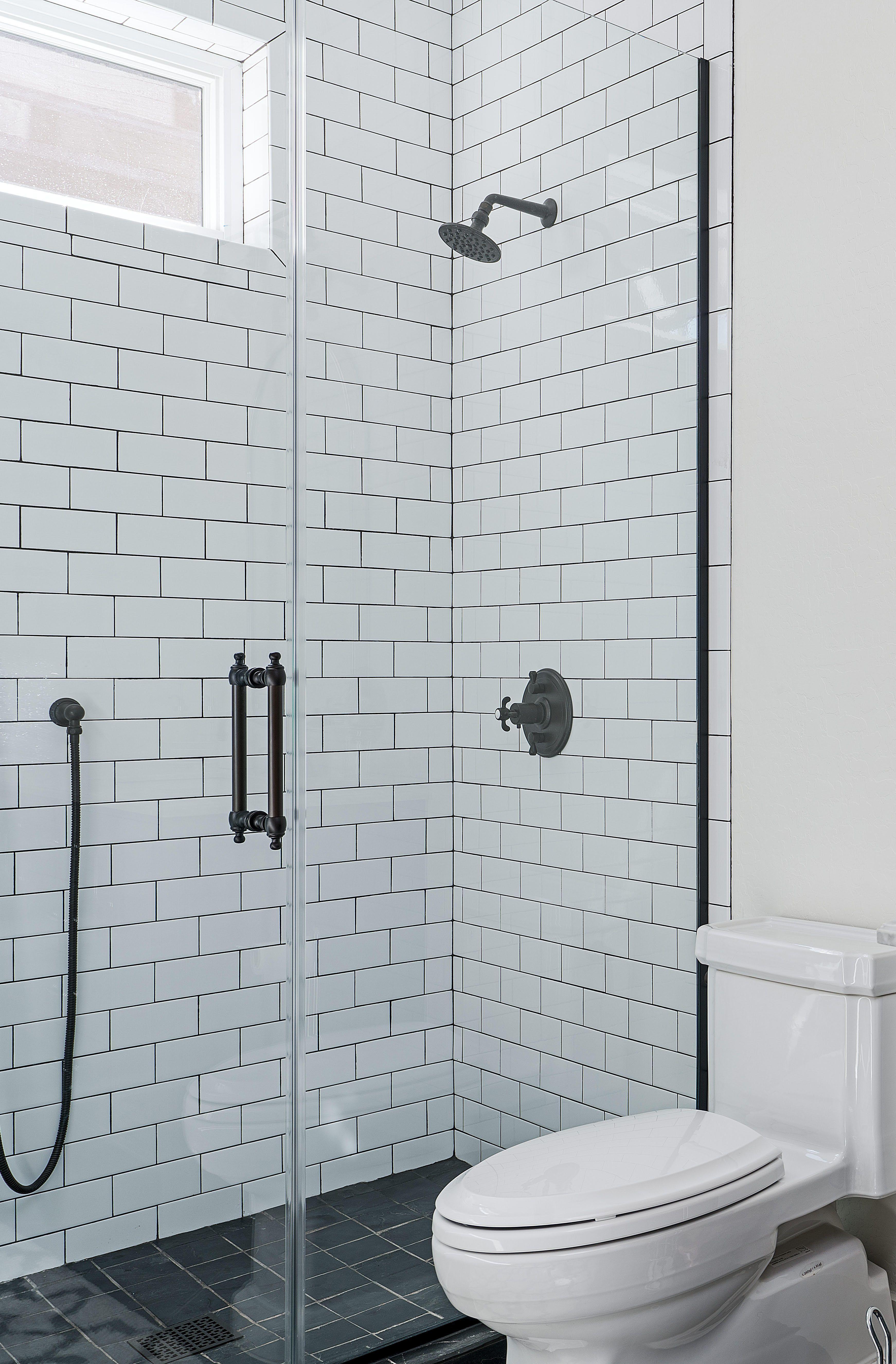 How To Make A Small Bathroom Look Bigger Small Bathroom Frameless Shower Doors Big Bathrooms