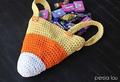 Ravelry: Candy Corn Trick or Treat Bag pattern by Alexis Middleton