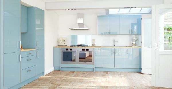 Blue Kitchen Designs sleek modern kitchen design with the beautiful ambience: cool