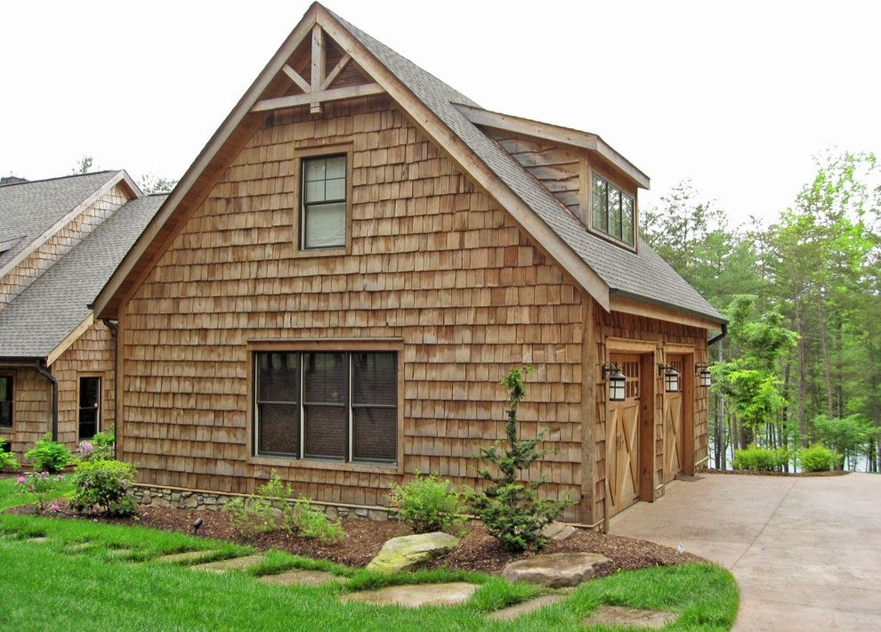 Superb carriage house decorating ideas for magnificent for Garage gable