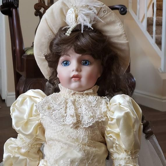 BEBE BRU Victorian Heirloom Bride Doll #bridedolls