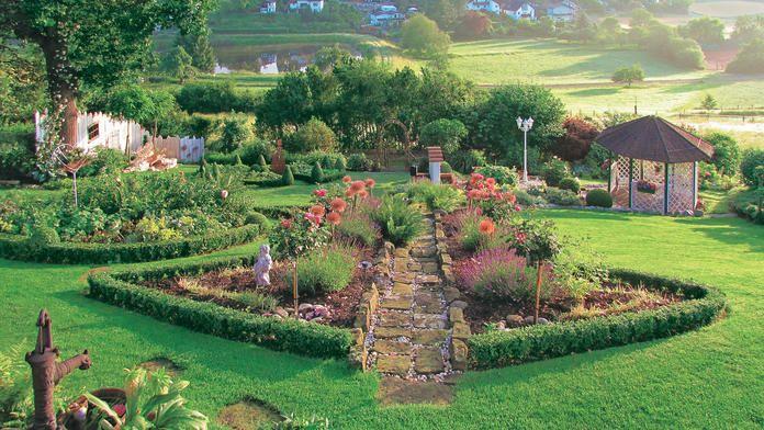 Garten in Hanglage Garten Pinterest