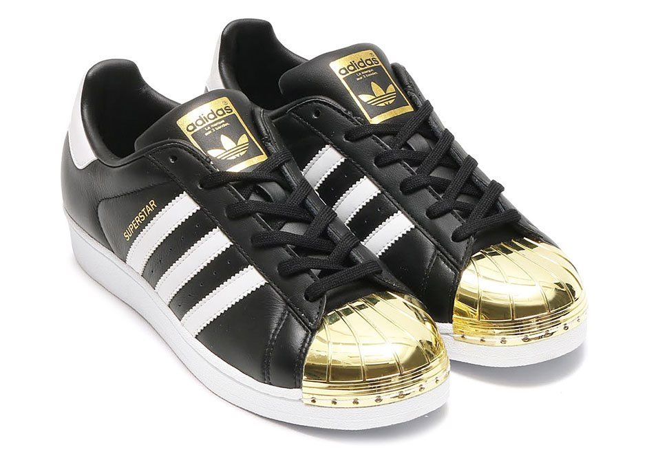 Women's size 10 adidas black leather gold toe superstar