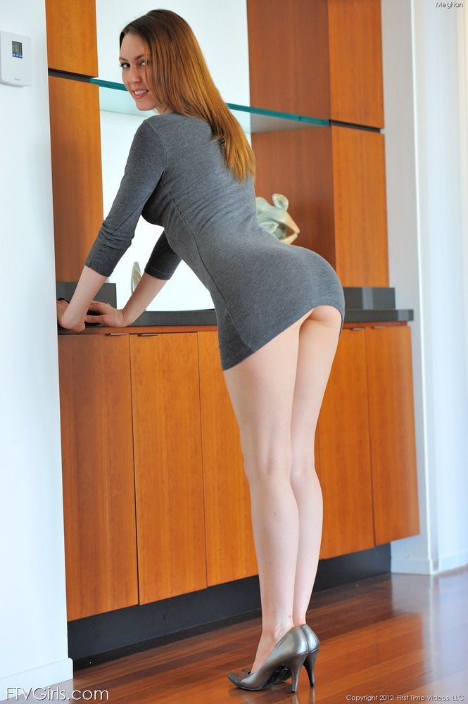 girl short upskirt tight Hot dress