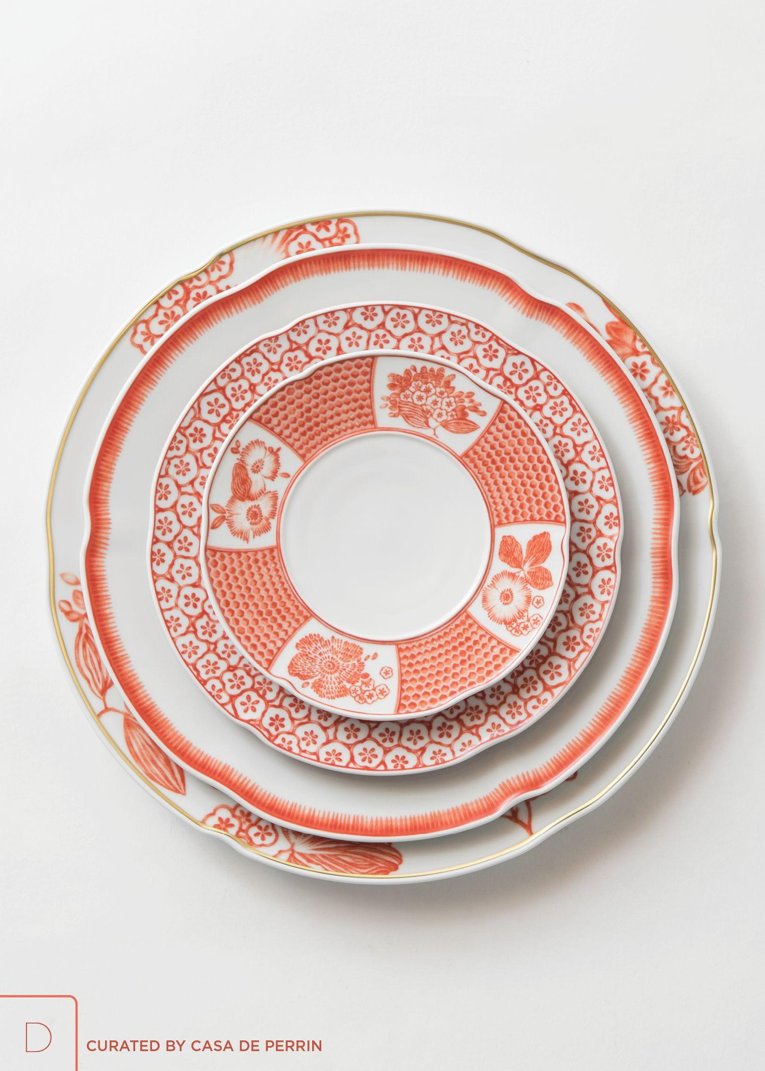 Oscar De La Renta Coralina Dinnerware Floral Motif Plate Design