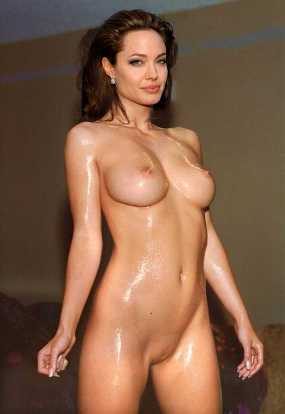 Angelina jolie shows pussy