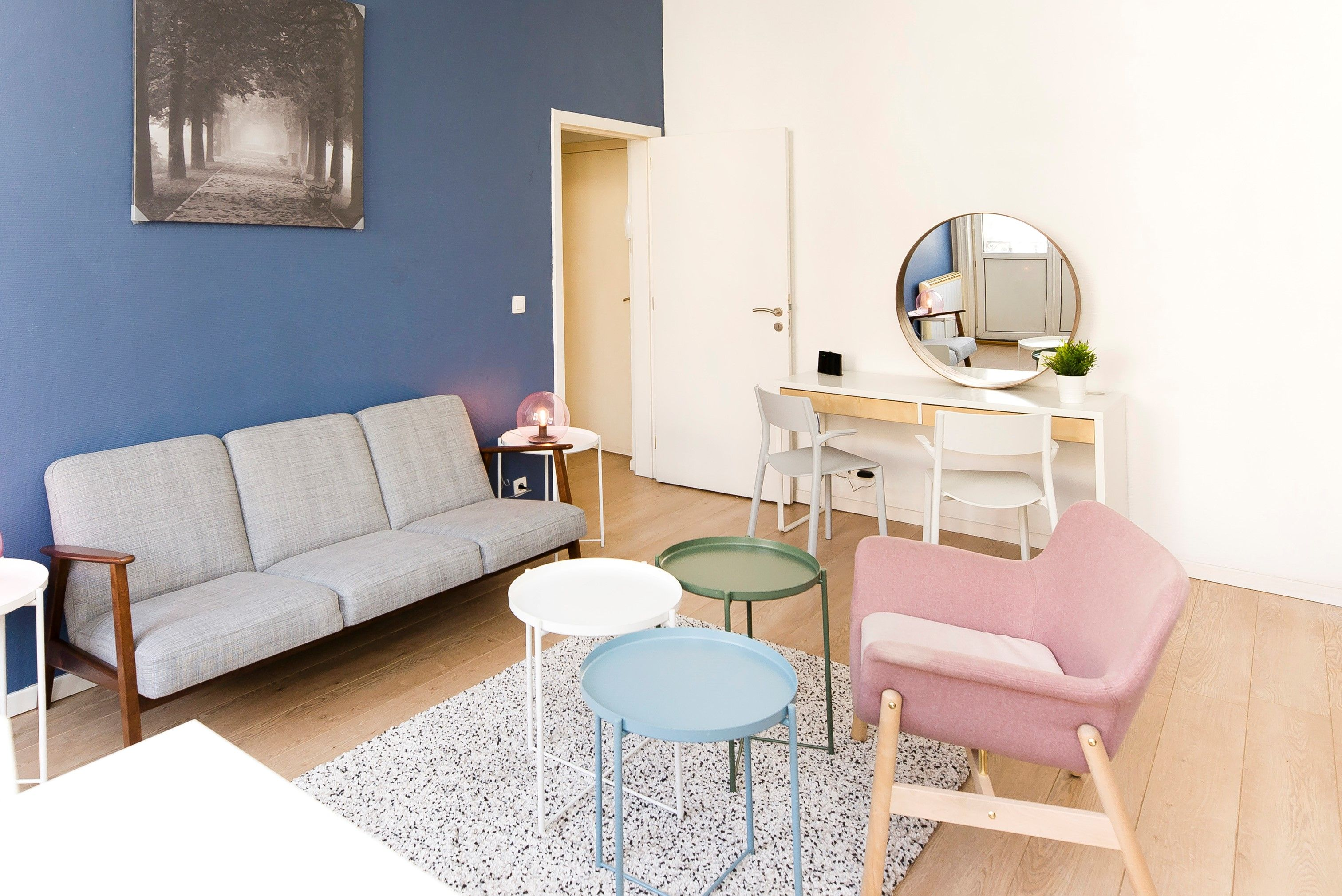 Nice And Lightly One Bedroom Apartment About 35m On The 2nd Floor Of A House Located In The District Very Sought After From The Chatelain To Ixelles Good L In 2020