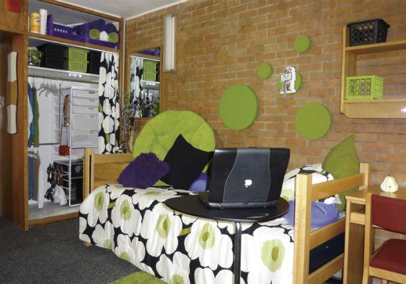 freshman dorm tight space dorm room designs decorating ideas rh pinterest com