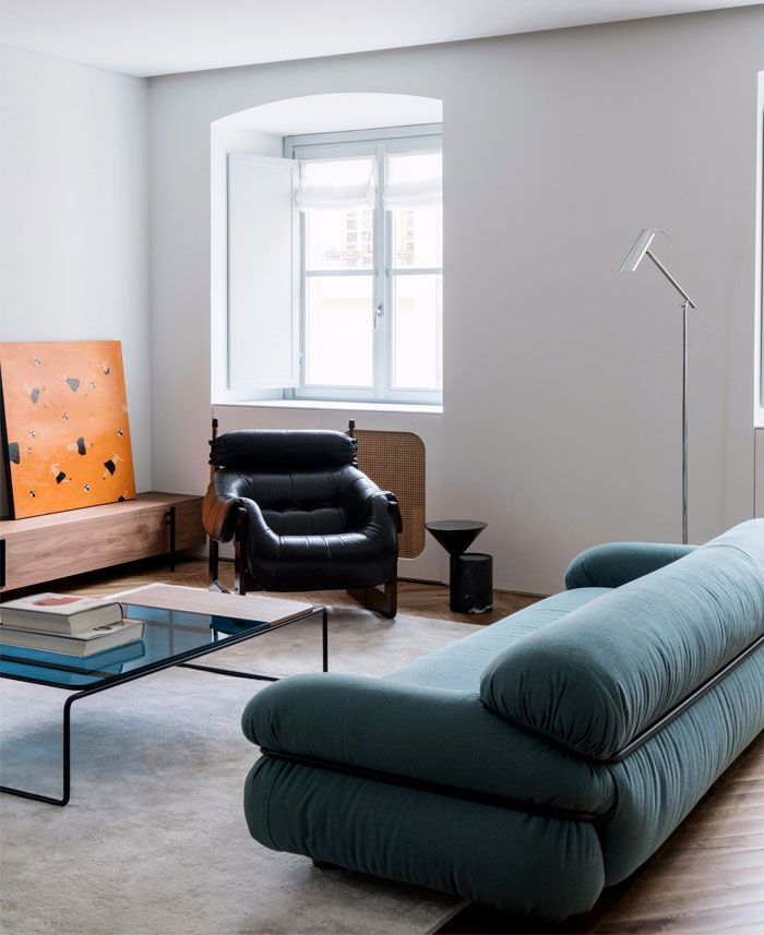 Inspirierend Wandfarbe Seidenglanzend Haus Interieur Ideen: Fabio Fantolino Created Home For Mother And Son Inspired