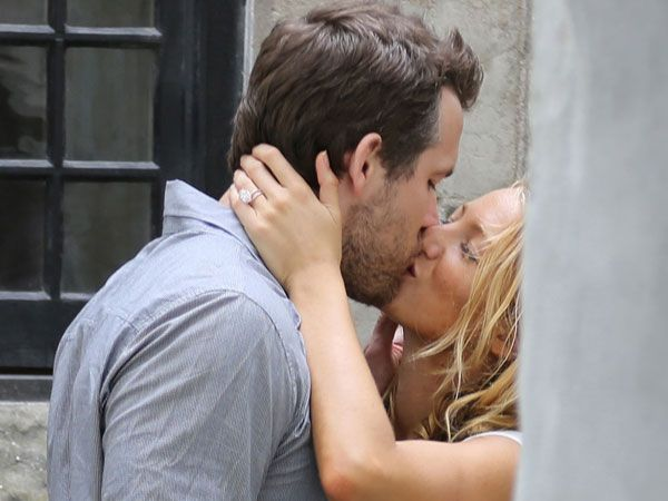 Blake Lively debuts her gorgeous wedding ring