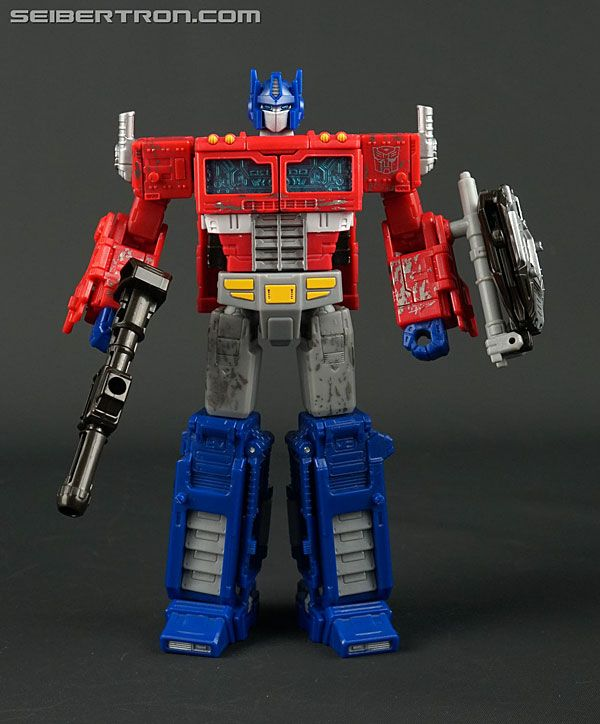 Transformers News New Gallery War For Cybertron Siege Voyager Class Optimus Prime Optimus Prime Optimus Transformers Action Figures