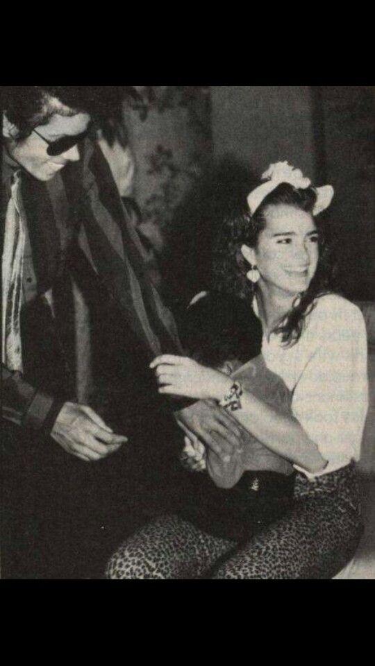 MJ dating
