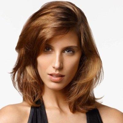 Coupe de cheveux pour visage ovale chignon pinterest - Coupe pour visage ovale ...